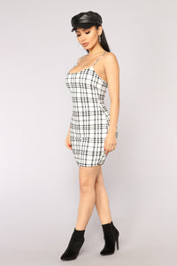 Kaelyn Dress - White/Black