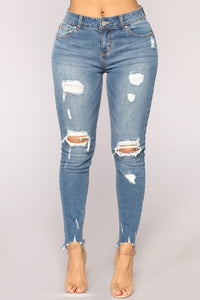 Something About You Ankle Jeans - Medium Blue Wash