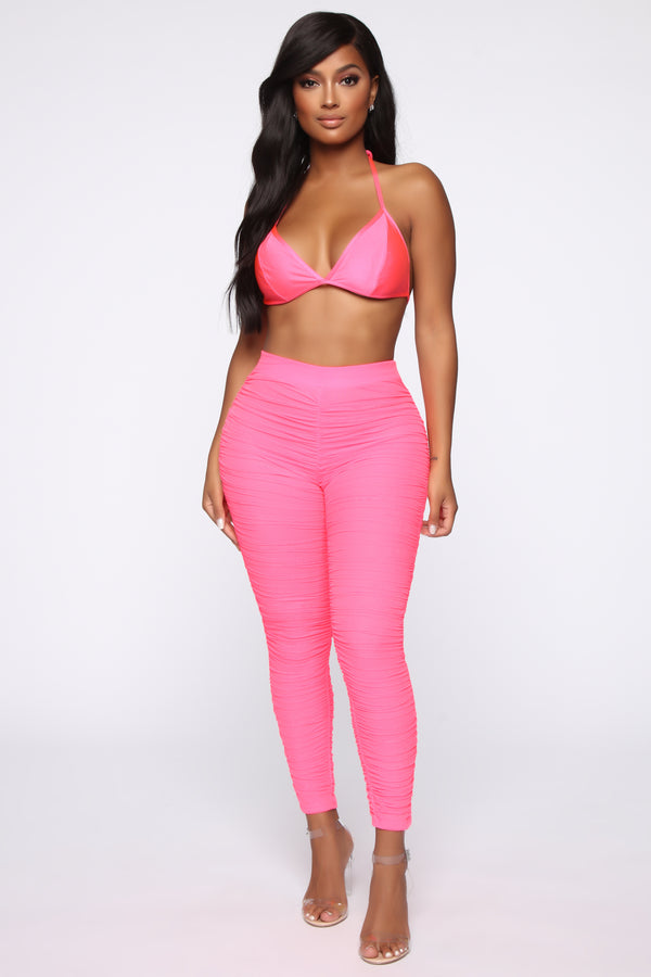 ec265500b2aed8 First Impression Ruched Leggings - Pink