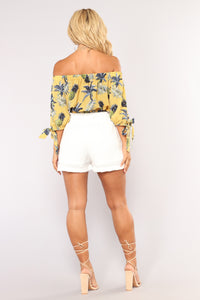 Make You Wonder Tie Waist Shorts - White