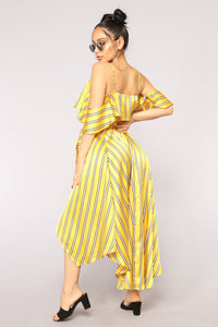 Different Vibe Ruffle Dress - Yellow/Combo