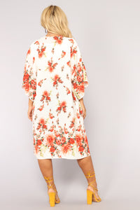Floral State Of Mind Kimono - Ivory/Combo