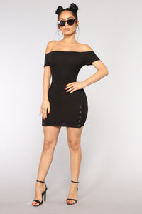 Kamora Off Shoulder Dress - Black