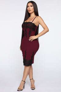 Locks Of Love Crochet Trim Midi Dress - Burgundy/Black
