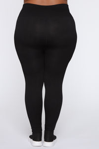 Keep It Right Seamless Leggings - Black Angle 2
