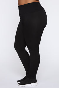 Keep It Right Seamless Leggings - Black Angle 4