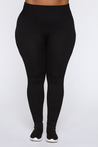 Keep It Right Seamless Leggings - Black Angle 6