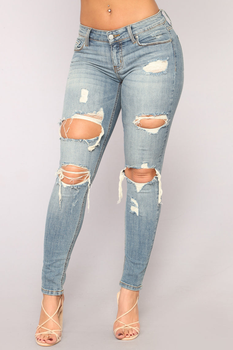 Mica Distressed Jeans - Vintage Wash