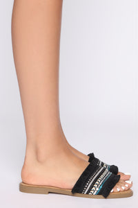 In The Moment Flat Sandals - Black