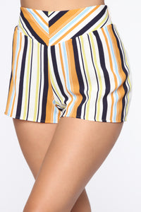 Kiara High Rise Print Shorts - Ivory/Multi Angle 3