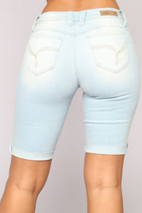 Summer Nights Denim Bermudas - Light Blue Wash