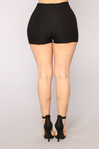 Sophie Zip Shorts - Black