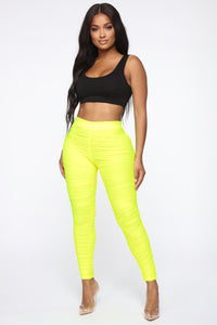 First Impression Ruched Leggings - Neon Yellow