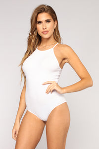 Say Less Halter Bodysuit - White