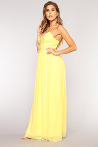 Amelia Lace Dress - Yellow