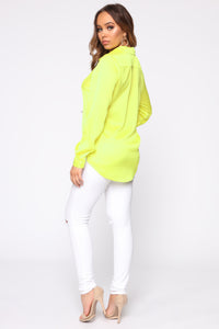 Smooth Talkin' Button Down Top - Neon Yellow