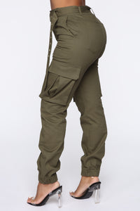 Belt It Out Cargo Joggers - Olive Angle 5