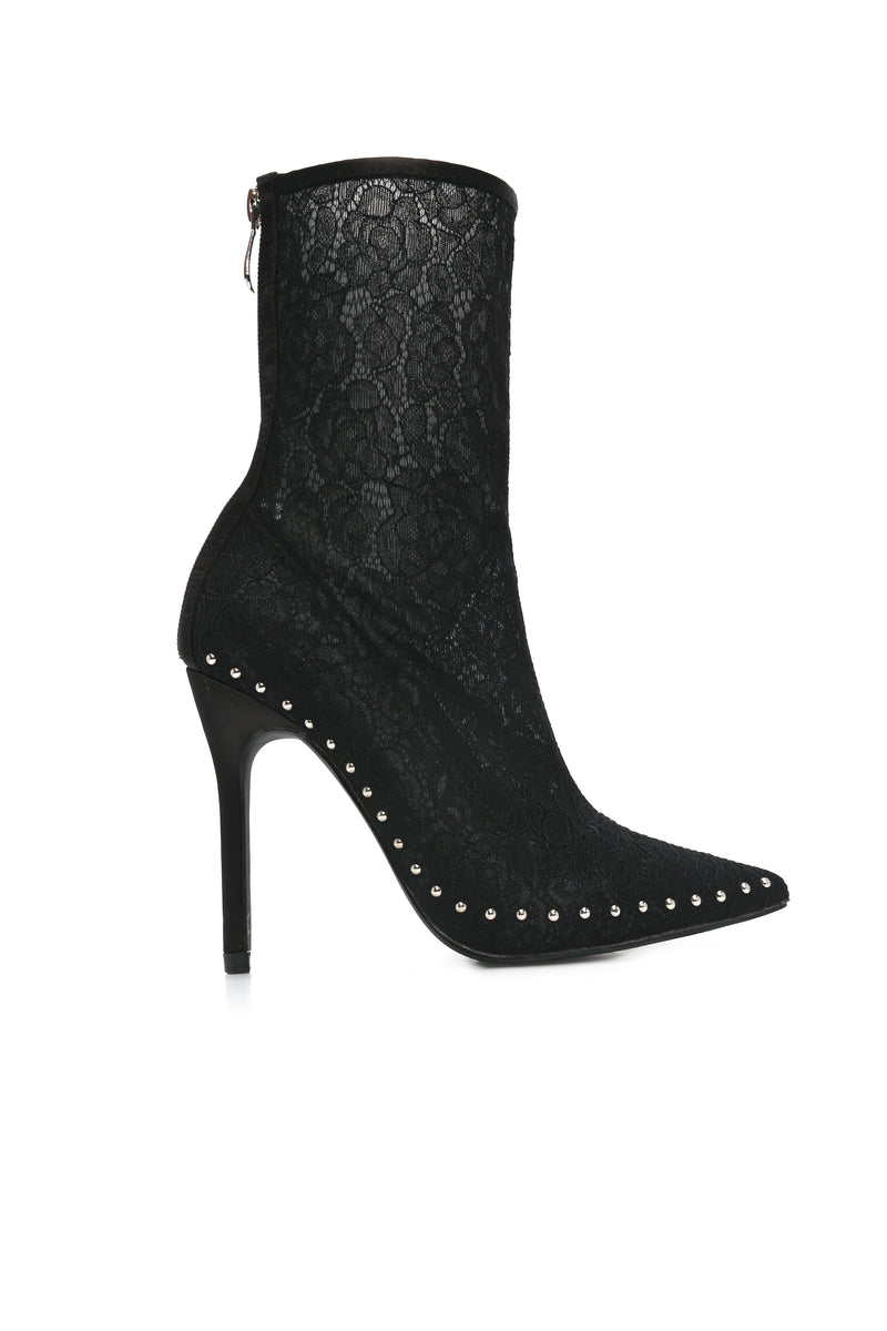 No Waiting Around Bootie - Black