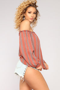 Maria Off Shoulder Top - Rust/Multi