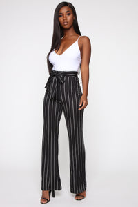 Playing Flare Tie Waist Pants - Black/White Angle 2