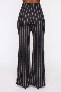 Playing Flare Tie Waist Pants - Black/White Angle 6