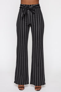 Playing Flare Tie Waist Pants - Black/White Angle 1