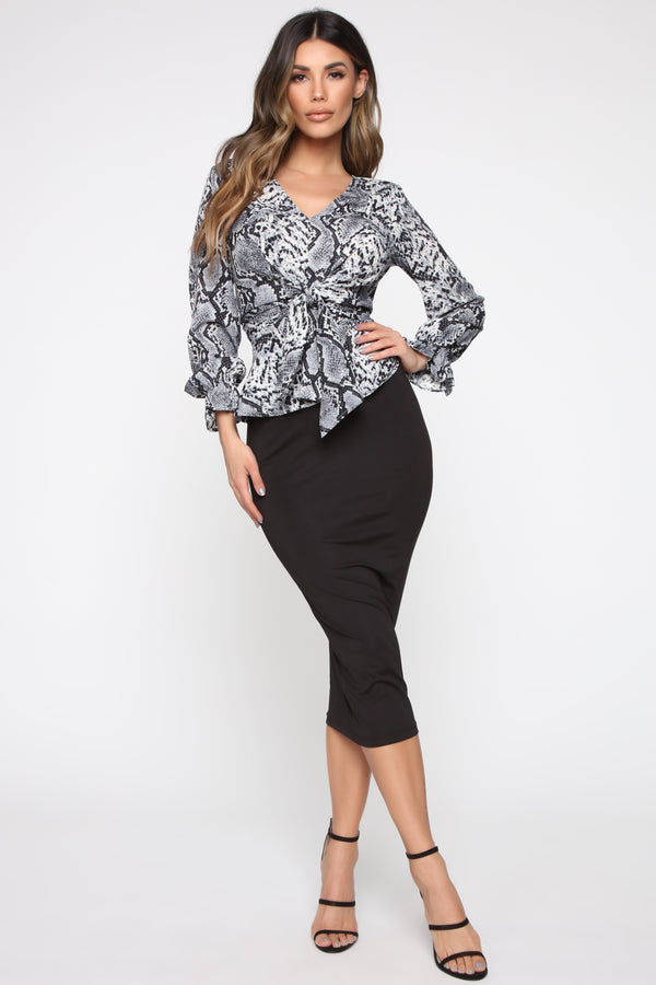 c60f5987c8 Don t Make An Excuse Blouse - Grey