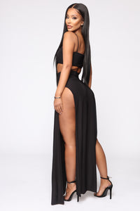 Mariah Slit Skirt Set - Black Angle 4