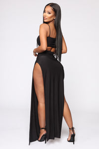 Mariah Slit Skirt Set - Black Angle 8
