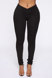 On the Verge Pants - Black