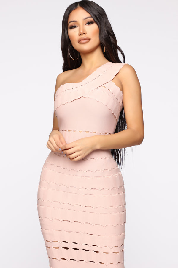 4d140f6ff9a Win Me Over Bandage Maxi Dress - Blush