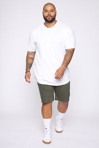 Mac Chino Short - Olive Angle 8