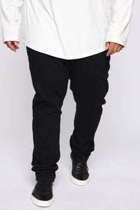 Crosby Slim Tapered Jeans - Black Angle 7