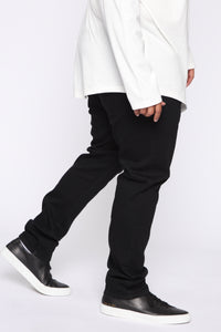 Crosby Slim Tapered Jeans - Black Angle 9