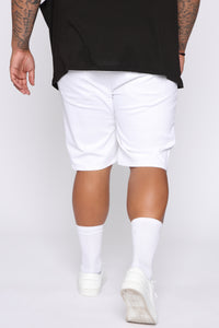 Mac Chino Short - White Angle 12