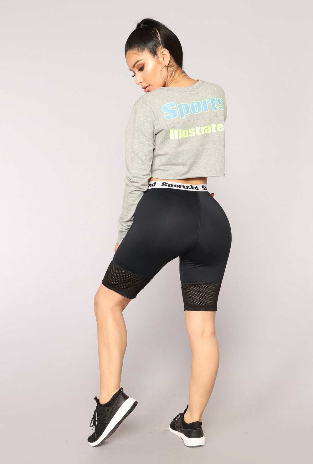 Sports Illustrated Crop Crewneck - Grey