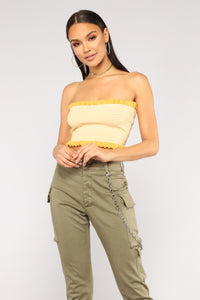 Love Me Blind Sleeveless Sweater - Heather Yellow