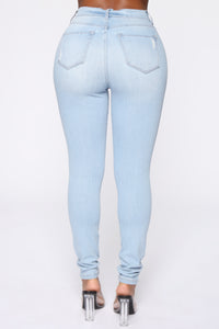 Emma Super Stretch High Rise Skinny Jean- Light Wash Angle 6