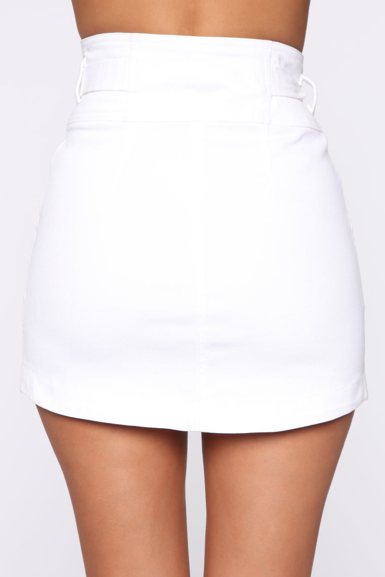 Leading The Way Tie Waist Skirt - White