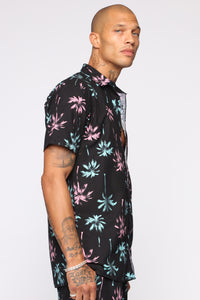 Hydro Palms Short Sleeve Woven Top - Black/combo