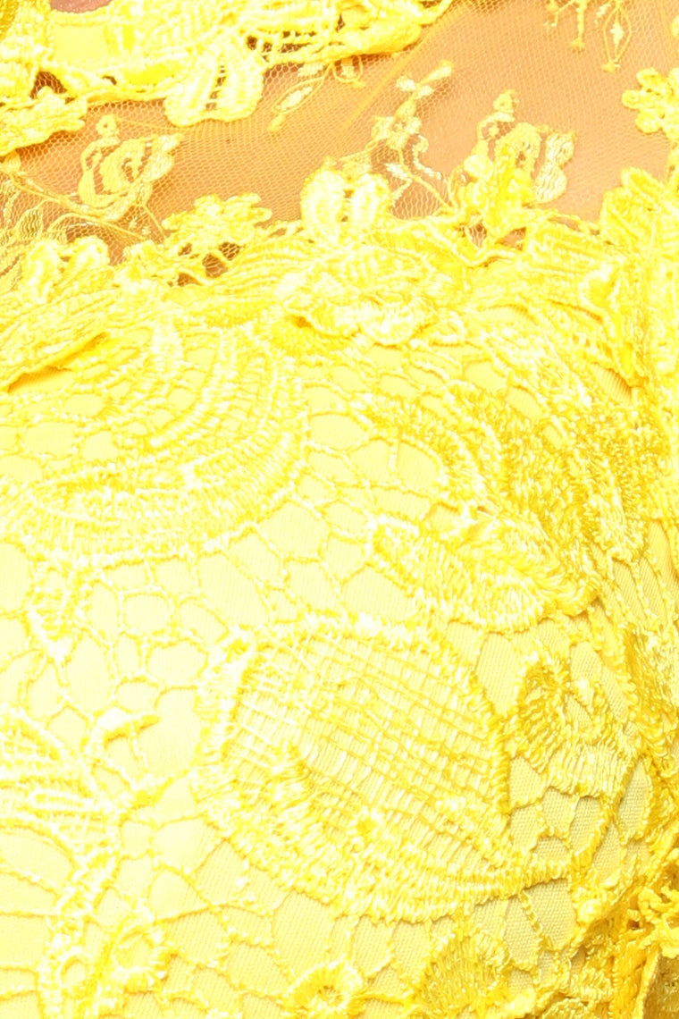 Halley Lace Maxi Dress - Yellow