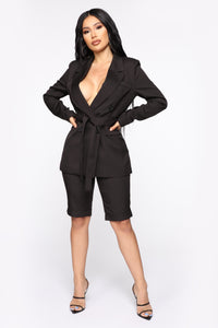 Slightly Proper Blazer Set - Black Angle 2