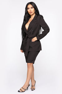 Slightly Proper Blazer Set - Black Angle 3