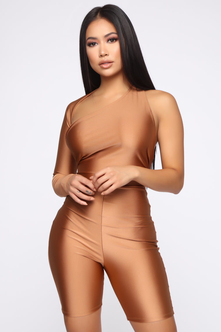 Only Here Tonight Cut Out Romper - Bronze