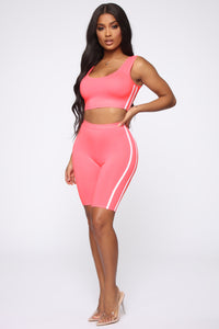 Tennis Pro Short Set - Neon Pink Angle 3