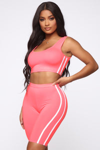 Tennis Pro Short Set - Neon Pink Angle 1