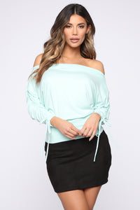Run With It Top - Mint