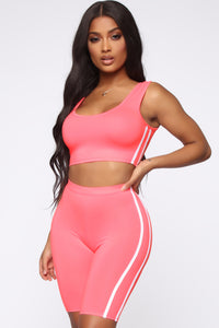 Tennis Pro Short Set - Neon Pink Angle 5