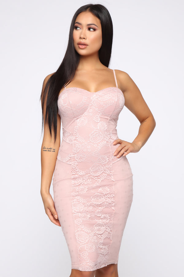 91707bc47e Trust In Love Lace Midi Dress - Mauve