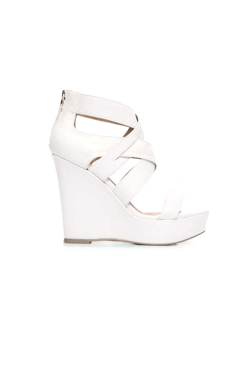 Aryana Wedge - White